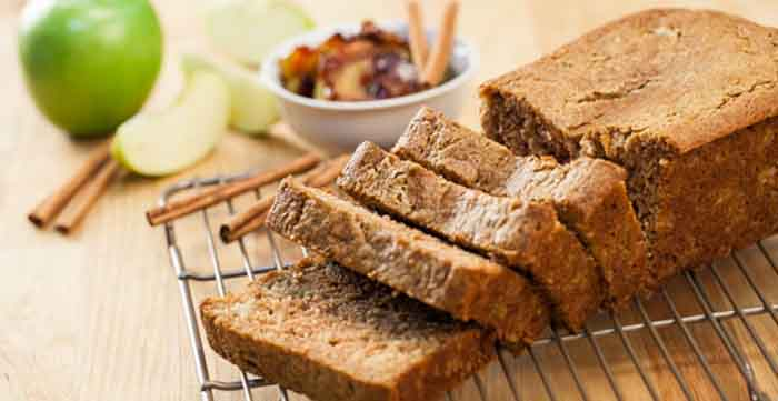 Apple-Cinnamon Bread recipe from @blenderbabes