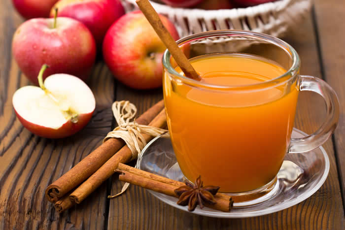 Quick and Easy Non-Alcoholic Hot Apple Cider..