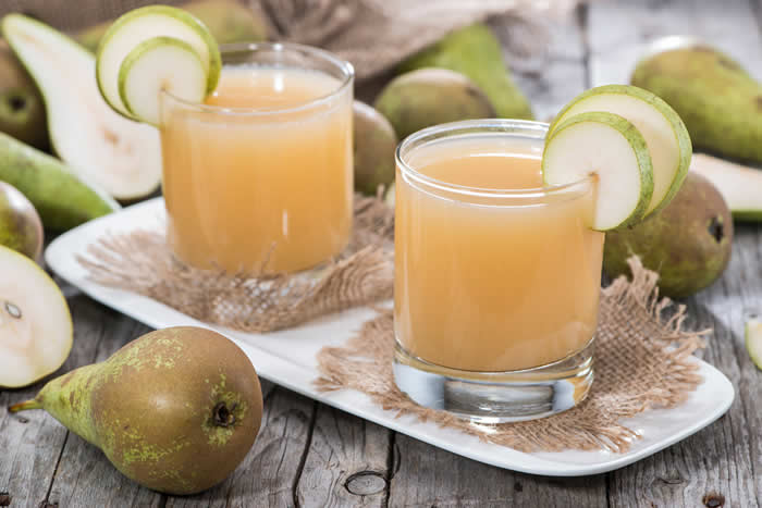 Vanilla pear and vodka cocktail recipe in your blender for Pear vodka mixed drinks