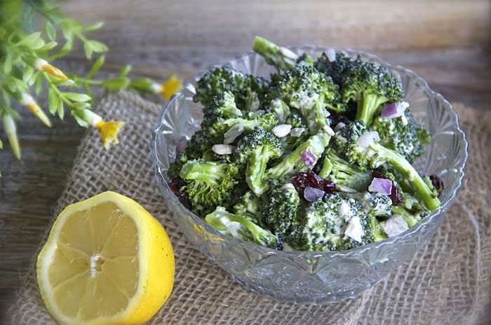 Broccoili Salad and Lemon Tahini Dressing made in your Blendtec or Vitamix blender by @BlenderBabes