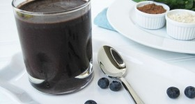 dr oz chocolate covered blueberry high protein smoothie recipe