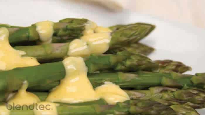 Creamy Hollandaise Sauce Recipe