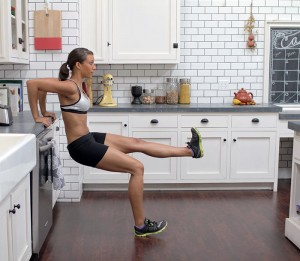 3 One Minute Easy Workouts You Can Do at Home While Blending with @BlenderBabes