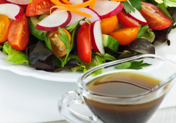 Dr. Fuhrman Balsamic Vinaigrette by @BlenderBabes