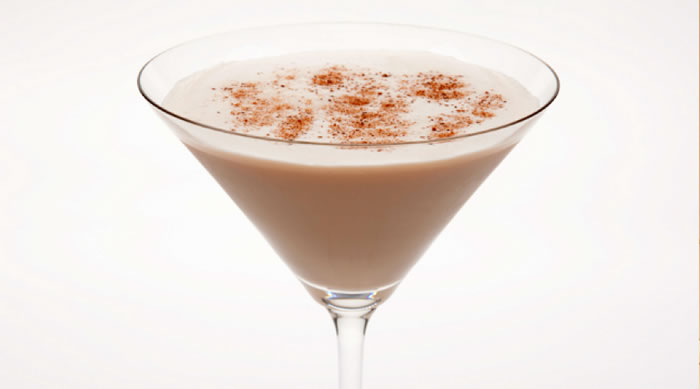 Brandy Alexander Recipe with Ice Cream