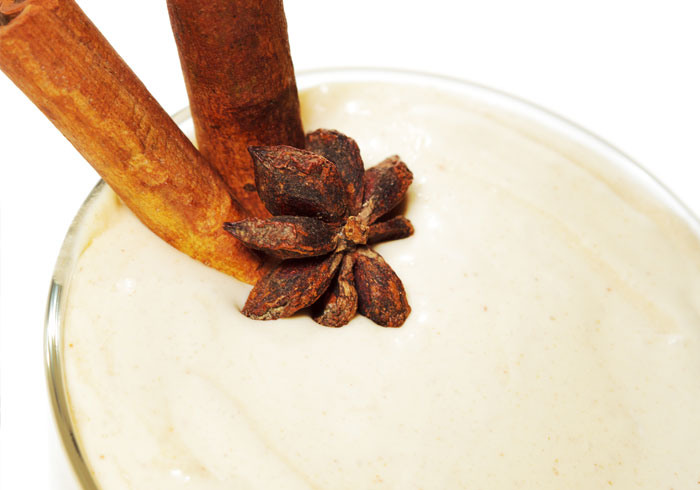 Dr. Oz Cinnamon Rolls for Breakfast Smoothie by @BlenderBabes