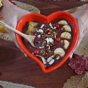 Cinnamon Spice Cookie Acai Smoothie Bowl Recipe