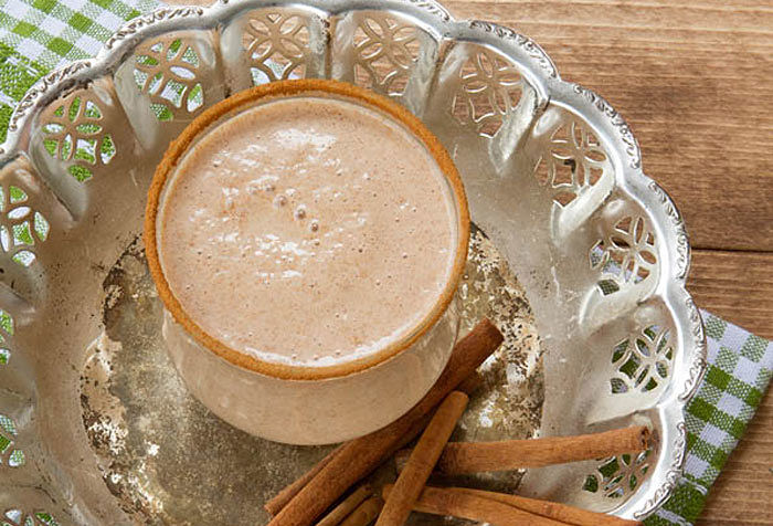 Cinnamon Toast Smoothie recipe made in your Blendtec or Vitamix blender by @BlenderBabes
