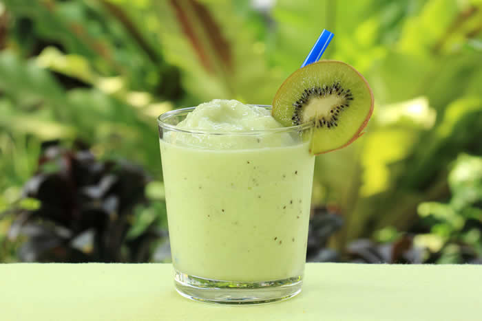 Clean Breeze Kombucha Green Smoothie
