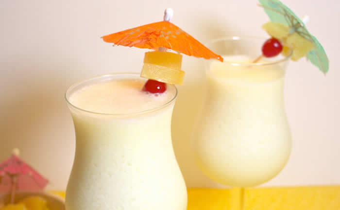 Cocoa Colada Cocktail Recipe by @BlenderBabes