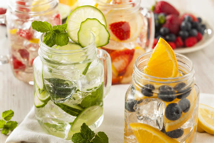 4 DIY Stress Relieving, Fat Burning & Detox Water Recipes