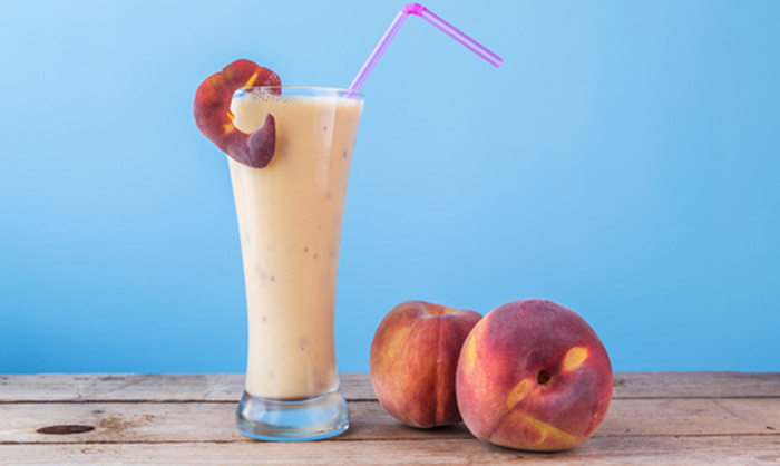 Dr. Oz Peaches and Cream Smoothie made in your Blendtec or Vitamix blender by @BlenderBabes