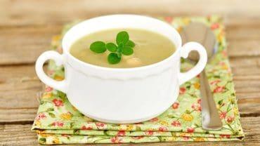 Dr Fuhrman's Creamy Vegan Vegetable Soup Recipe High Protein Low Calorie Soups via @BlenderBabes
