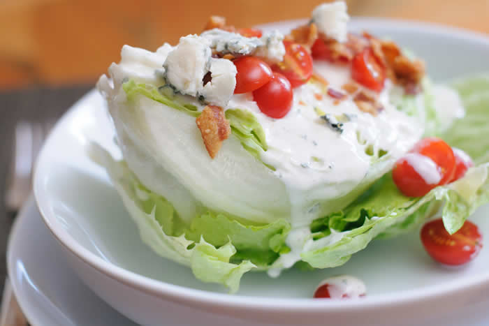 Garlic Blue Cheese Dressing made in your Blendtec or Vitamix @BlenderBabes