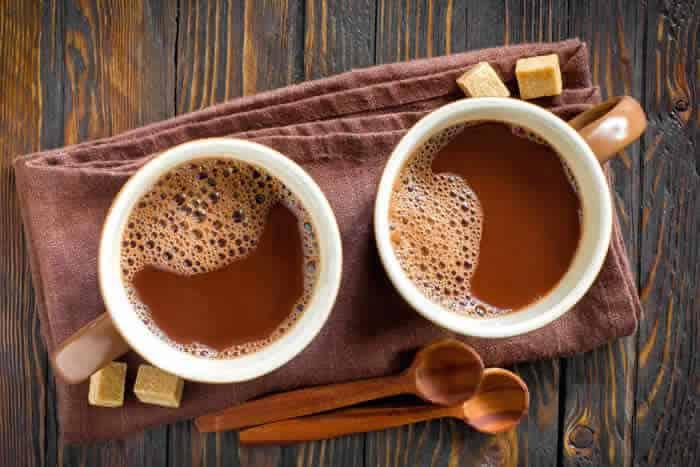 Hot Caffeine-Free Maca Mocha