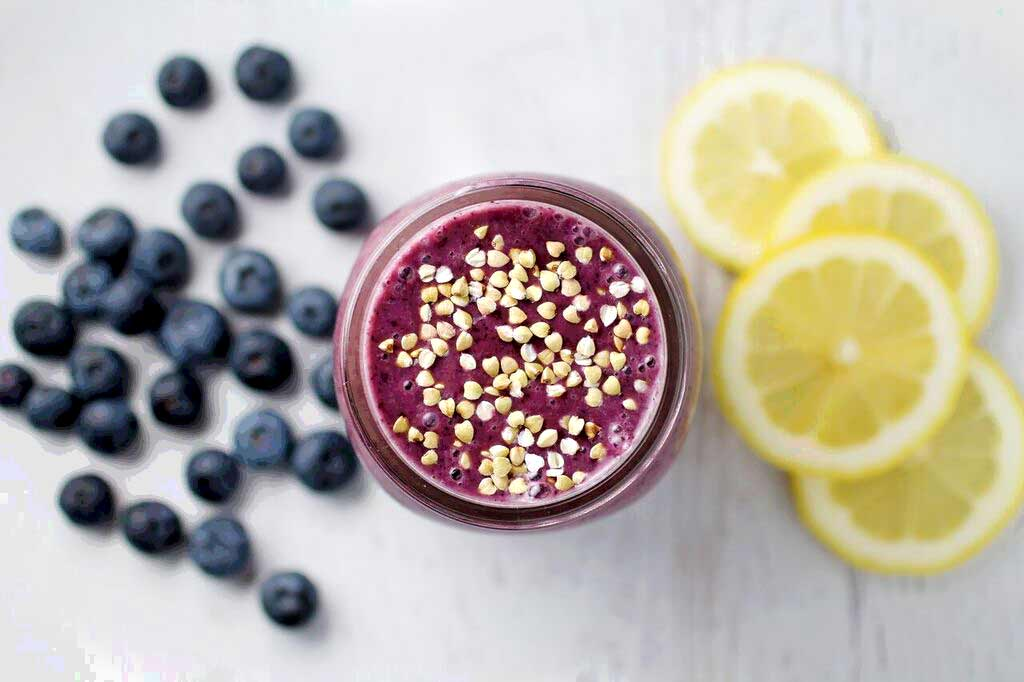 Lemony Blueberry Mango Smoothie - Smoothies Without Bananas