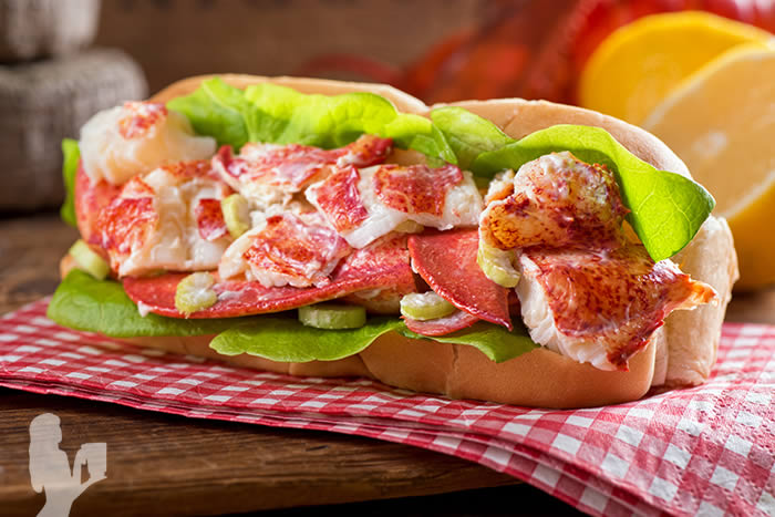 Healthy Lobster Rolls with Citrus Avocado Aioli
