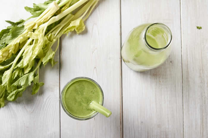 Natural Energy Green Juice made in your Blendtec or Vitamix Blender by @BlenderBabes