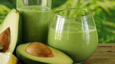 Opposites Attract Healthy Green Smoothie Without Bananas