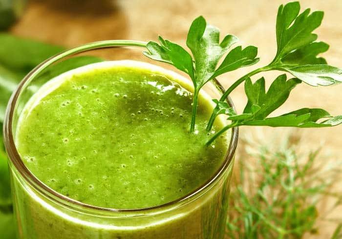Orange and Banana Green Smoothie – Detox Pre & Post Workout