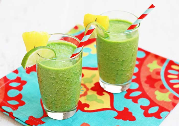 Pineapple Ginger Breeze Kale Green Smoothie