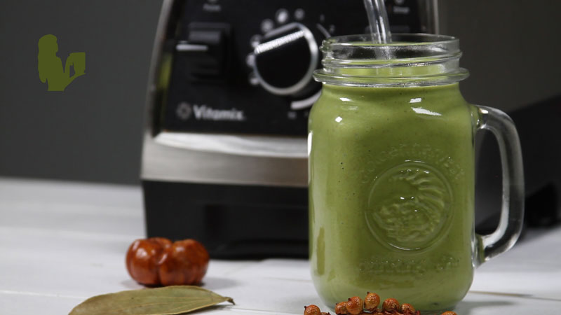 Smoothies that Taste Like Pie - Pumpkin Pecan Pie Green Smoothie