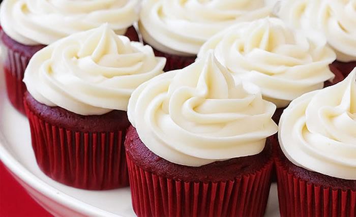 quick red velvet cupcakes