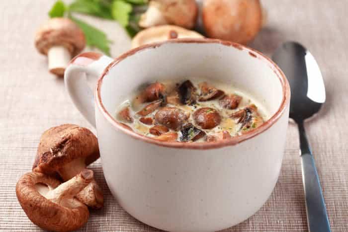 Shiitake & Oyster Mushroom Soup