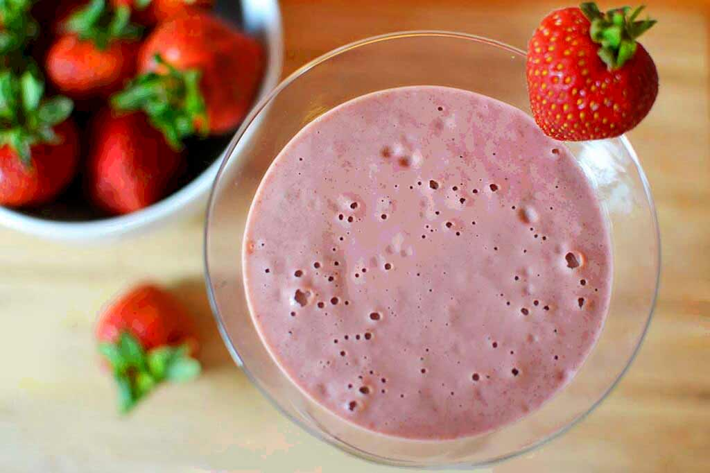 Cherry Vanilla Crumble Smoothie Recipe   Metabolism Boosting Smoothie Recipes