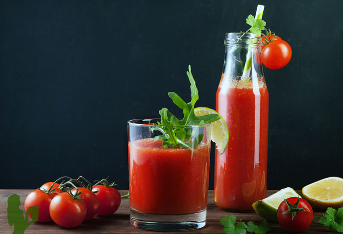 Better Than V8 Tomato Salad Smoothie Recipe by @BlenderBabes