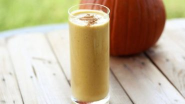 Vega Pumpkin Pie High Protein Green Smoothie Shake in a Blendtec or Vitamix