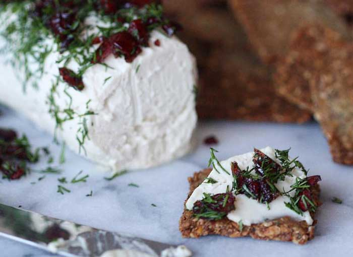 Best Vegan Cheese Recipe - Cranberry Dill Goat Cheese #vegancheese #bestvegancheese #vegangoatcheese #veganappetizer #blenderbabes