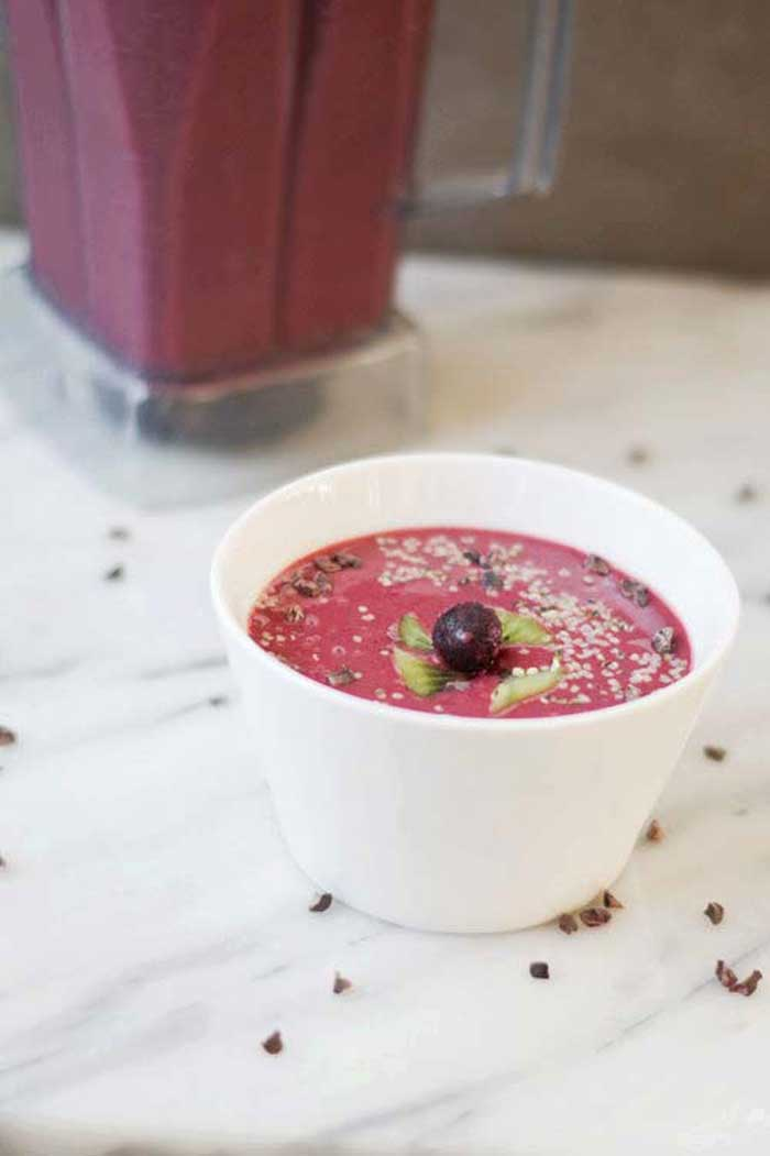 Smoothie Recipes for Kids - Very Berry Smoothie Bowl