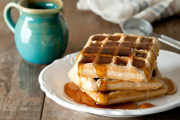 Whole Wheat Waffles Recipe by @BlenderBabes
