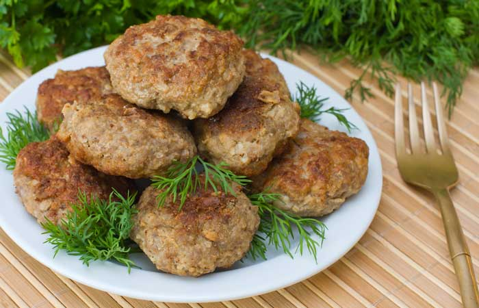 Alton Brown's Fresh and Lean Breakfast Sausage