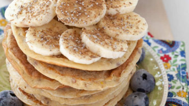Whole Wheat Chia Seed Pancakes from @BlenderBabes