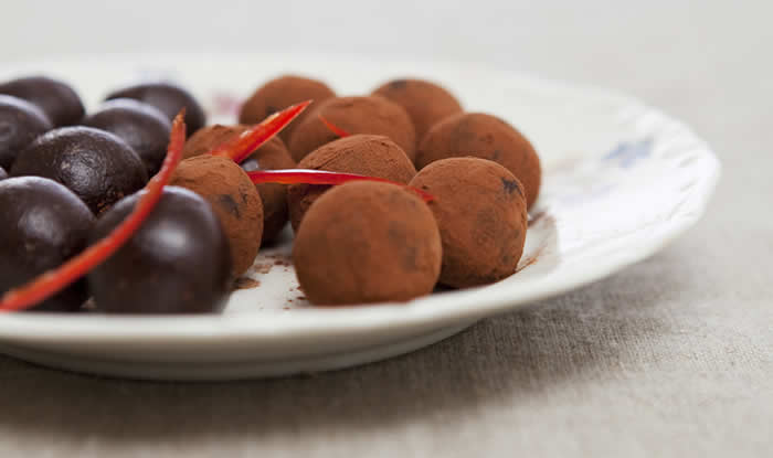 Chili Chocolate Truffle Recipe by @BlenderBabes