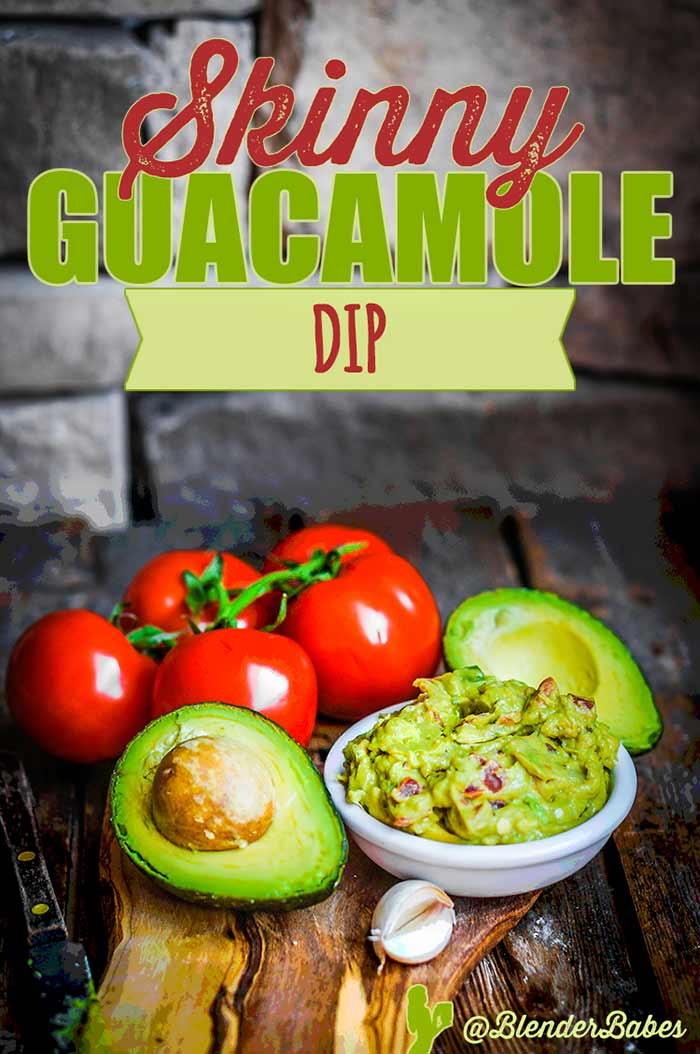 Skinny Guacamole Recipe in your Vitamix by @BlenderBabes #skinnyguacamole #healthyappetizer #lowfat #lowcarbrecipes #blenderbabes