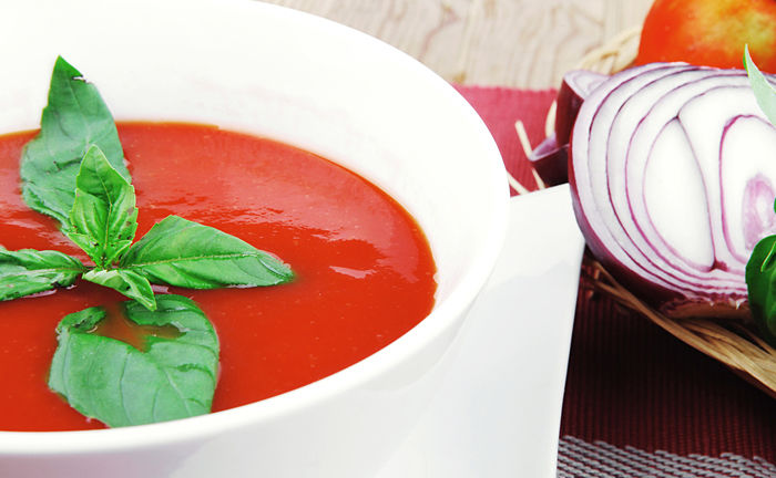 Tomato Soup Recipe from Heal Your Gut Cookbook by @BlenderBabes